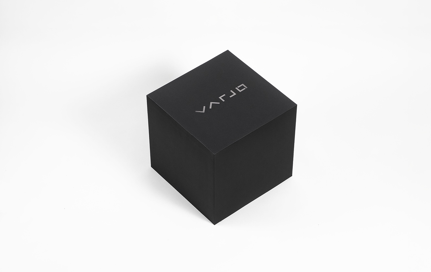Varjo VR-1 packaging design